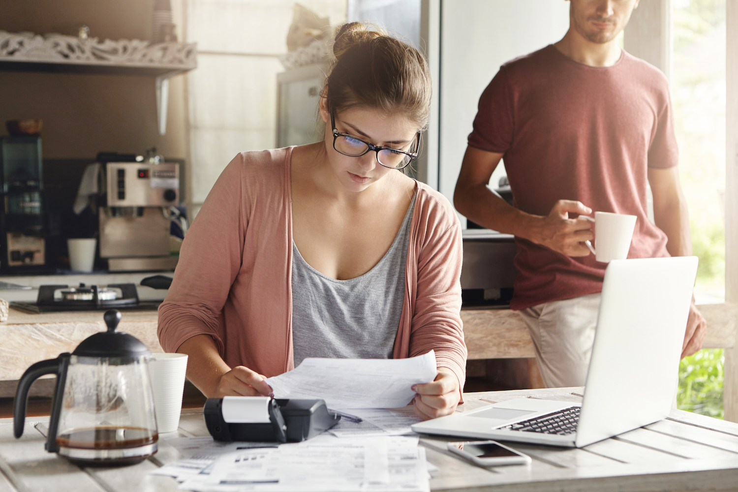 Should a Husband and Wife Have Separate Bank Accounts