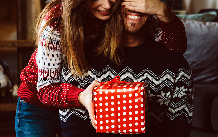 Christmas Gifts For Husband.7 Christmas Gifts Your Husband Will Love Marriagetoday